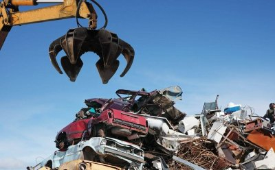 Can I Make Money By Scrapping My Old Car in Atlanta?
